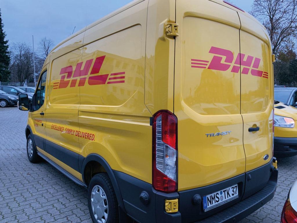 DHL Fahrzeugwerbung